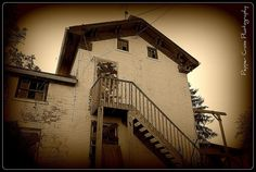 Haunted Gist Farn House    This is a real haunted house<3..It was built before 1822 페가수스카지노▣※→MJ9000.COM←※▣