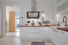 DECO: white & wood