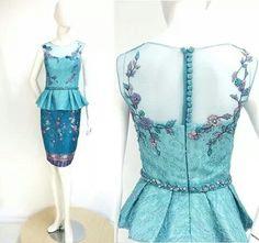 Elsa top and skirt kebaya Kebaya Modern Dress, Kebaya Brokat, Traditional Dresses, Traditional Ideas, Model Kebaya, Batik Fashion, Thai Dress, Batik Dress, Cute Outfits