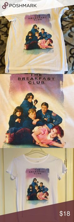 The Breakfast club t-shirt I have 2 breakfast club t's they are different.  From non smoking home Tops Tees - Short Sleeve