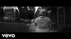 "Common - Black America Again ft. Stevie Wonder com·mon sense noun good sense and sound judgment in practical matters. ""use your common sense"" synonyms:good sense, sense, native wit, sensibleness, judgment, levelheadedness, prudence, discernment, canniness, astuteness, shrewdness, wisdom, insight, perception, perspicacity; More"