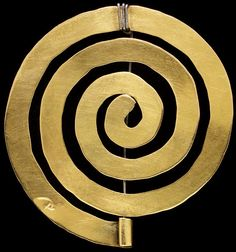 Brass spiral, designed and made by Alexander Calder, USA, Museum Number Unusual Jewelry, Modern Jewelry, Metal Jewelry, Jewelry Art, Jewelry Gifts, Vintage Jewelry, Jewelry Design, Fashion Jewelry, Jewellery