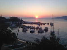 Want to go back Places Ive Been, Places To Go, Greece, Celestial, Sunset, Travel, Outdoor, Greece Country, Outdoors