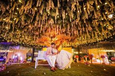 13 trending and showstopper ideas for wedding ceiling decorations indian summer outdoor wedding Wedding Mandap, Outdoor Wedding Venues, Wedding Stage, Indoor Wedding, Wedding Catering, Wedding Photoshoot, Wedding Receptions, Photoshoot Ideas, Wedding Ceiling Decorations