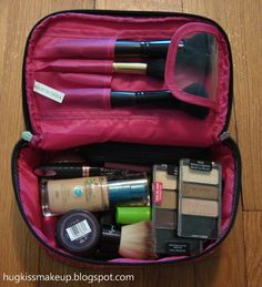 hug, kiss, makeup!: High five for Friday: Weekend Plans & Travel Makeup Bag!