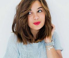 15+ Medium Short Haircuts - http://www.laddiez.com/women-hairstyles/15-medium-short-haircuts.html - #Haircuts, #Medium, #Short