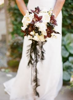 Art with Nature Floral Design: Black and White Bouquet
