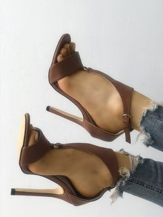 12c0c1d3947 Shop Solid Buckled T-Strap Thin Heeled Sandals – Discover sexy women fashion  at IVRose