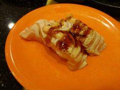 @ 中與志 迴轉壽司 a.k.a. Nakayoshi sushi train. Grilled salmon.