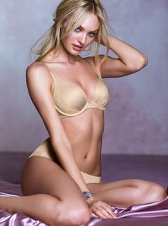 28 Lingerie Photos of Candice Swanepoel Looking Impossibly Sexy | Airows