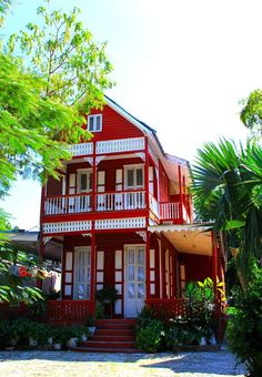 http://www.haitigotit.com/ Beautiful house in Bois Verna, Port-au-Prince Photo credit: Ambassadeur Culturel