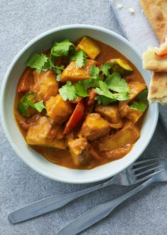 Donal Skehan's easy veggie curry is a great meal prep dish. Serve it with these quick naan breads, a jacket potato or rice. Quick Naan Bread Recipe, Recipes With Naan Bread, Vegetarian Main Course, Vegetarian Recipes, Cooking Recipes, Vegetable Curry, Main Meals, Asian, Clean Eating
