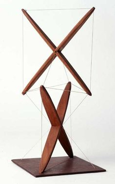 "The ""X-piece"" made by Kenneth Snelson in the winter of 1948tensegrity 008"