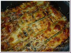 Le Ricette della Nonna: Sformato di zucchine con mozzarella e parmigiano Bolognese, Mozzarella, Lasagna, Appetizers, Vegetables, Ethnic Recipes, Food, Appetizer, Essen
