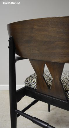 Mid-century modern chair makeover - The back of the chair - Thrift Diving
