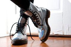 Zapatos Holográficos