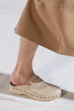 Clogs Shoes, Sock Shoes, Shoe Boots, Shoes Sandals, Hermes Shoes, Runway Shoes, Prada, Shoe Art, Fashion Shoes