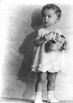 A very young Shirley Temple, 1930.  Now this IS Shirley!