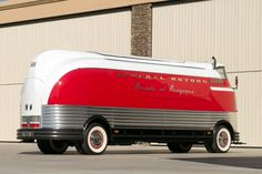 Learn more about One-Off Car Hauler Conversion: 1941 GM Futurliner on Bring a Trailer, the home of the best vintage and classic cars online. Vw Bus, Volkswagen, Steampunk, Small Cars, Classic Cars Online, Collector Cars, General Motors, Automotive Design, Custom Cars