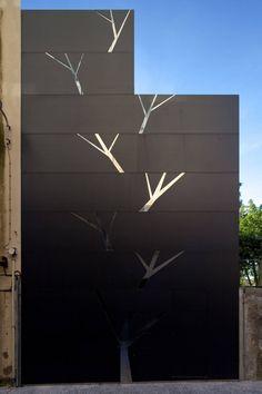 Portuguese architect António Fernandez (AFR) has designed the Frei Sebastião House.