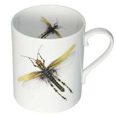 Caneca Dragonflies Bone, de porcelana, 9 x 7,5 cm de diâm., da Melody Rose, na Not on the High Street, £ 68 e £ 20; www.notonthehighstreet.com