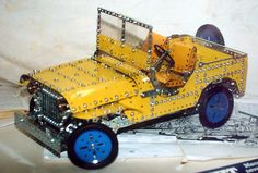 Meccano Jeep - I like this! Retro Toys, Vintage Toys, Childhood Toys, Childhood Memories, Miniature Auto, Mechanical Projects, Hobby Toys, Star Wars Toys, Tin Toys