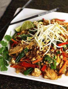 Pad Thai chicken-pad-thai (adjust for different fresh peppers and some other tweaks and it is good to go!)chicken-pad-thai (adjust for different fresh peppers and some other tweaks and it is good to go! Thai Recipes, Asian Recipes, Chicken Recipes, Healthy Recipes, Recipe Chicken, Healthy Breakfasts, Delicious Recipes, Healthy Snacks, Thai Cooking