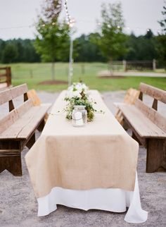 burlap + benches | Mandy Busby #wedding