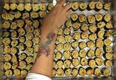 Produção a todo vapor para o almoço dessa sexta no SPAWEEK COZINHA ECOLÓGICA - hoje teremos sushi vegano (arroz integral - maionese vegana de abacate - cenoura orgânica - pupunha orgânica desidratada)  by cozinha_ecologica