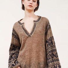 Mesdemoiselles #knit #knits #knitting #knitted #knitwear #knitstagram #knitstyle #knitsweater #sweater #cardigan #knittinglife #knittinglove #knittingfashion #knitting_is_love #knitting_inspiration #inspiration #instaknit #inspoknit #inspiration #вязание #вязаниеспицами #вязанаямода #модноевязание #стильноевязание #вяжутнетолькобабушки #свитер #кардиганспицами
