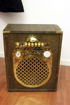 Steampunk Guitar Amplifier/Speaker