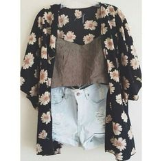 Shorts and a kimono I want this ! Love love love