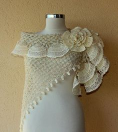 Pearl of Bosphorus/ Crochet Ivory Shawl