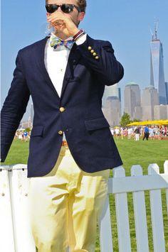 Men's Navy Blazer, White Longsleeve Shirt, Yellow Chinos, and Brown Leather Belt Preppy Mens Fashion, Look Fashion, Sharp Dressed Man, Well Dressed Men, Navy Blazer Men, Moda Do Momento, Preppy Boys, Ralph Lauren Blazer, Suit Up