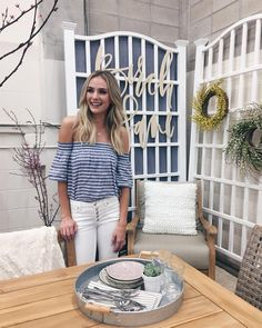 """2,126 Likes, 7 Comments - Lauren Bushnell (@laurenbushnell) on Instagram: """"Hanging at the @vintagewhites market with @birchlane feeling very inspired and excited for this…"""""""