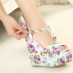 Free shipping wedges high heels fashion flowers print 2014 new sandals for women shoes platform pumps T belt buckle A870 US $32.90