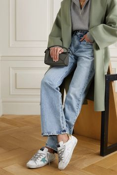 Winter Fashion Outfits, Fall Outfits, Fashion Weeks, Fall Fashion, Girly Outfits, Vintage Outfits, Superstar Outfit, Sneakers Outfit Summer, Suede Sneakers