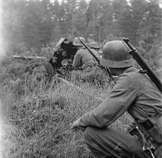 Training of calculation of Finnish anti-tank gun 45 PstK / 37 in Nuyamaa area,1941 - pin by Paolo Marzioli