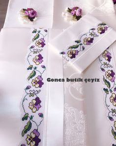The most preferred ecru bridal pique team from our customer& canoe . Fashion Tag, Crewel Embroidery, Bargello, Cross Stitch Designs, Floral Tie, Diy And Crafts, Bridal, Handmade, Moda Emo