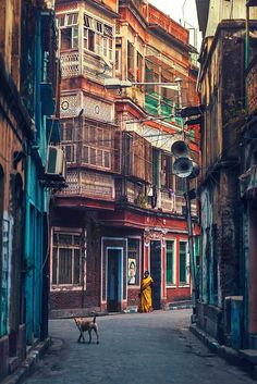 Kolkata - The City of Joy: Dreamlike Photography by Ashraful Arefin #inspiration #photography