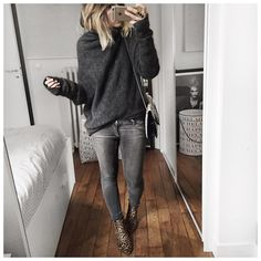Gray casual outfit and animal print ankle boots. Fall Winter Outfits, Autumn Winter Fashion, Winter Fun, Winter Style, Looks Style, Style Me, Grey Style, Mode Outfits, Casual Outfits