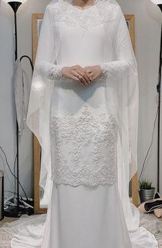 Malay Wedding Dress, Maxi Dress Wedding, Dream Wedding Dresses, Wedding Gowns, Muslimah Wedding Dress, Muslim Wedding Dresses, Bridal Outfits, Bridal Dresses, Bridesmaid Dresses