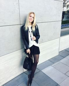 Jacket Tally Weil, sweater Mango, skirt H&M, pantyhose Calzedonia, shoes, accessories Lady Collection, bag Aldo