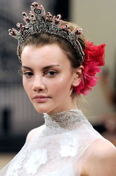 Crown Tiara by Reem Accra. Would you wear this for your wedding??