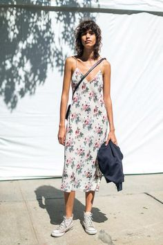 Slip dress, floral print, mini bag. Three trends in one cool look. Add a oversized jean jacket and you are ready for autumn. S.