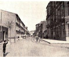 1910. Quizás la más antigua que hay de esta calle. Todavía no se ha construido el Mercado
