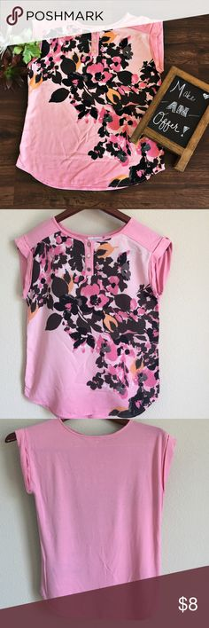 New York & Co. Pink Floral Print Blouse This blouse is so comfy and versatile! I've worn it to work and on many casual outings. It stretches and has kind of a loose fit, which is my favorite for summer days! New York & Company Tops Blouses