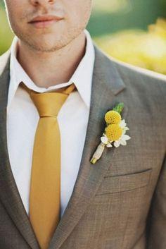 O noivo colorido - gravata amarelo mostarda #casarcomgosto