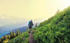North Cascades Easy rambles and rewarding treks in our northern mountains.