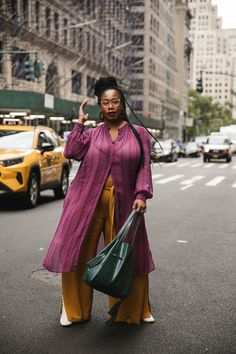 The Plus-Size Women Who Ruled the Street Style Game During New York Fashion Week Source by thenasalady Fat Fashion, Fashion Week, Curvy Fashion, New York Fashion, Plus Size Fashion, Womens Fashion, Fashion Outfits, Street Fashion, Plus Size Street Style
